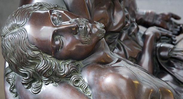jesus-crucifixion-sculpture-michelangelo